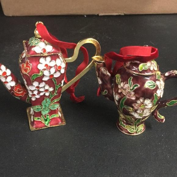 Teapot ornaments